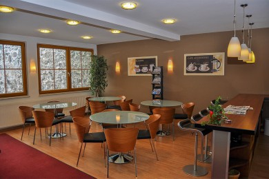 Fahrschule Pewny - Radstadt - Aufenthaltsraum